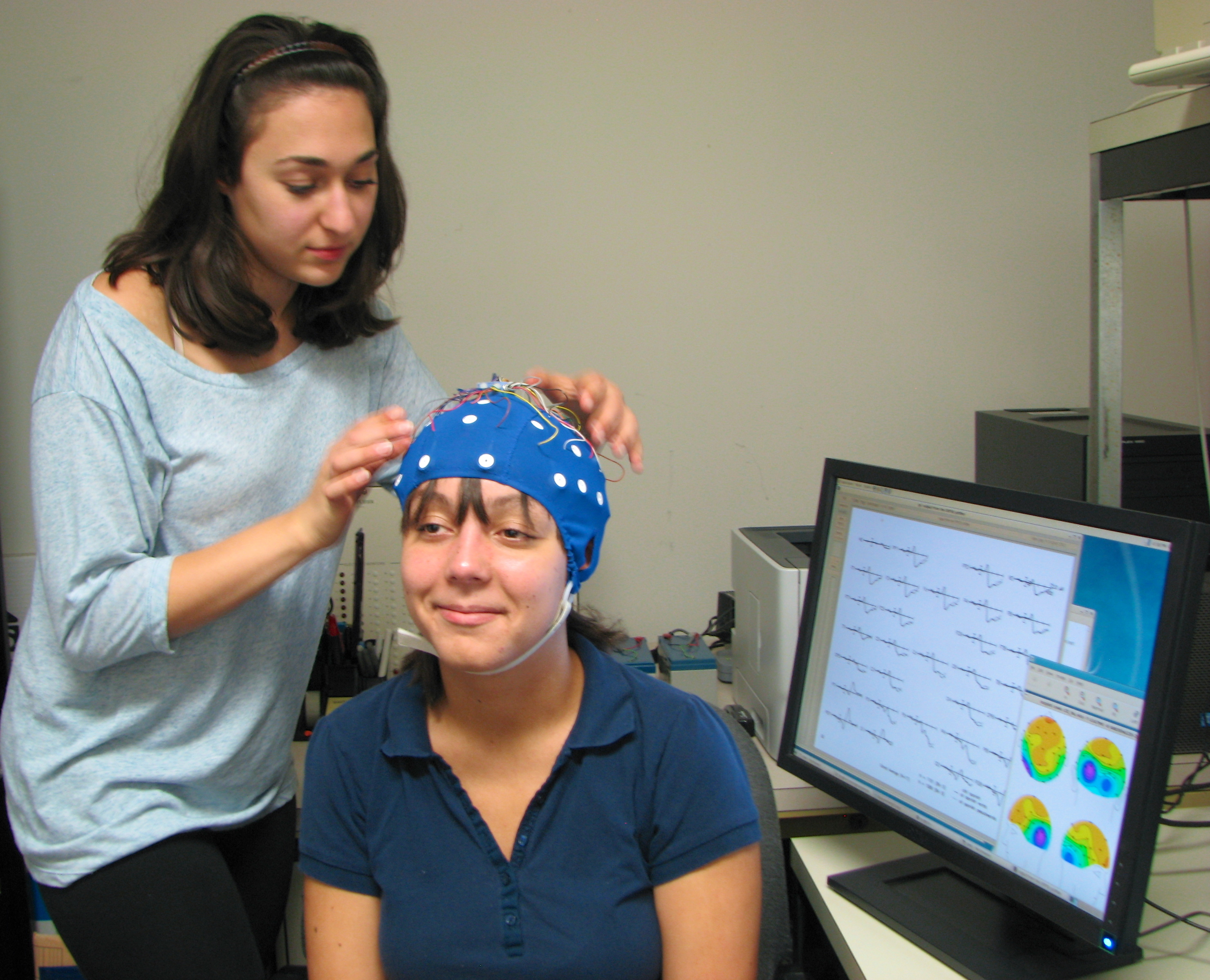 psychology and the use of electroencephalogram When children and adults think, different groups of neurons are activated at the same time this gives rise to small electro-magnetic signals that can be measured on the surface of the head with the help of small sensors our eeg system uses a net with 128 sensors which is placed on the head just like a hat it's very simple.